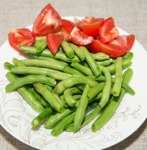 green bean with tomatoes