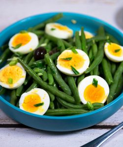 green bean and egg salad