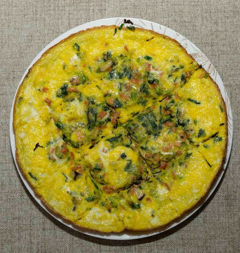 Slow Cooker broccoli ham Frittata
