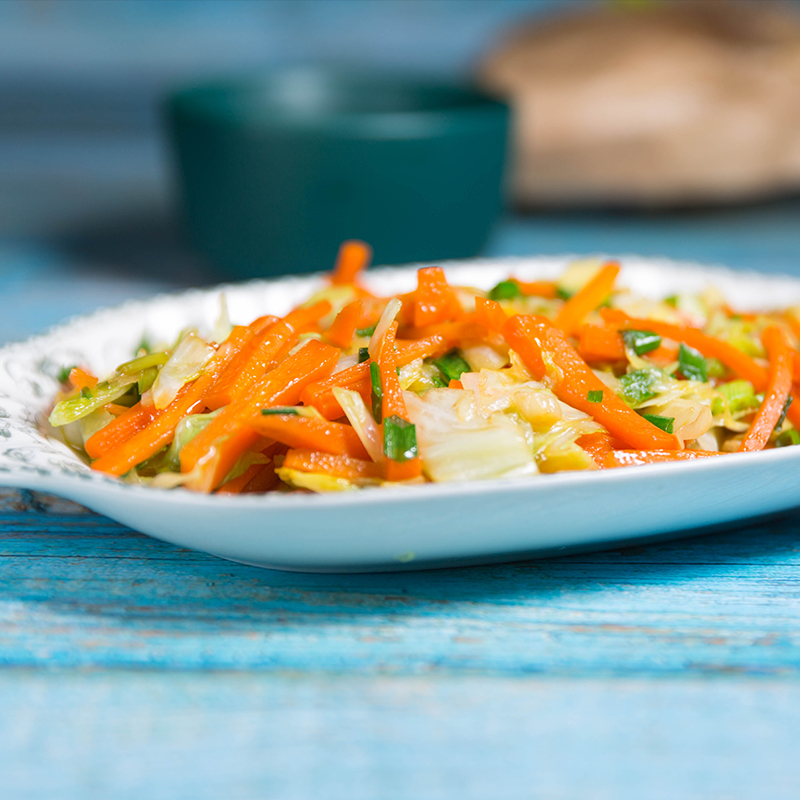stir fry cabbage and carrots