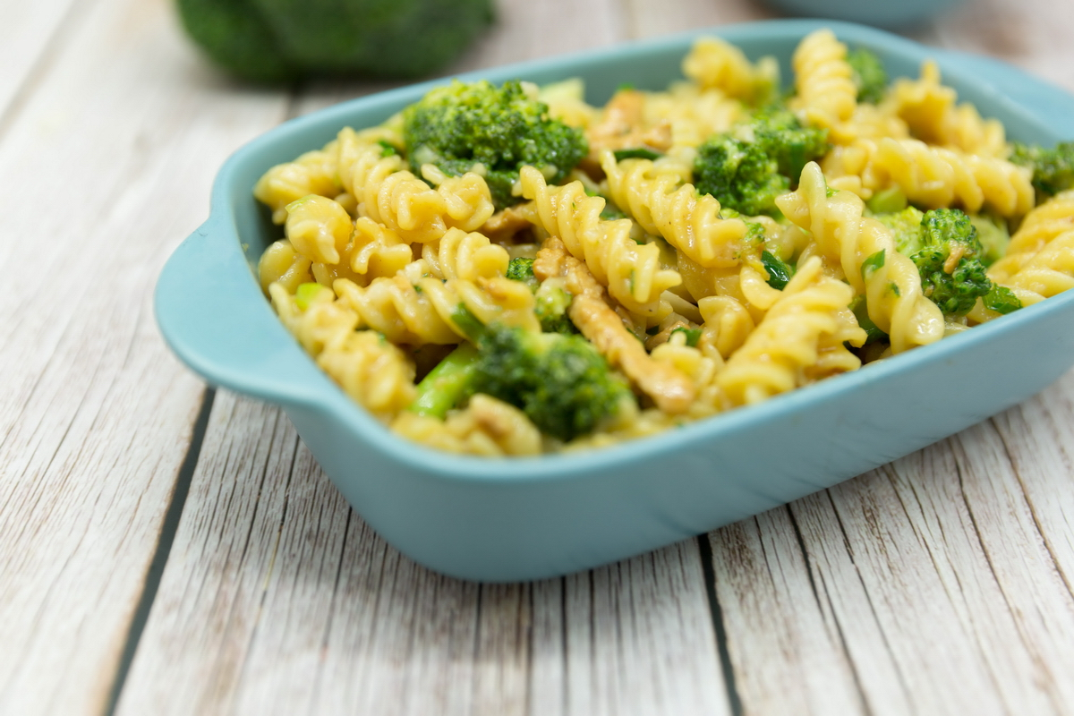chicken and broccoli Spiral pasta