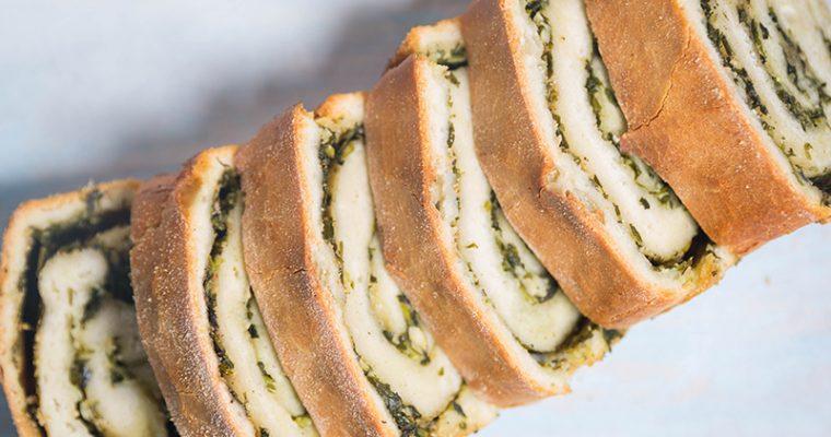 Spiral vanilla bread
