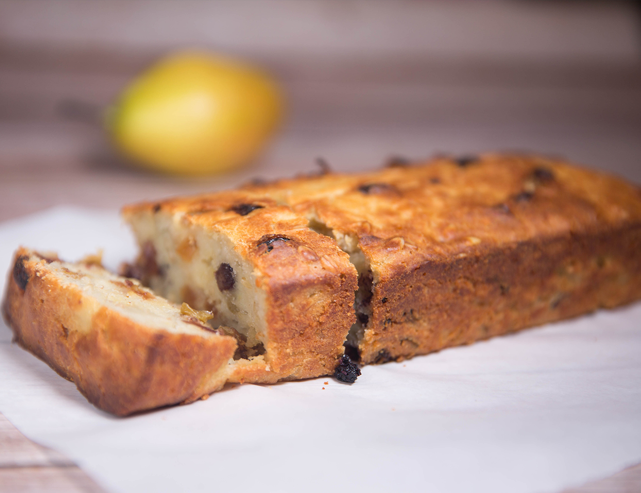 Pear Raisin wheat bran Bread