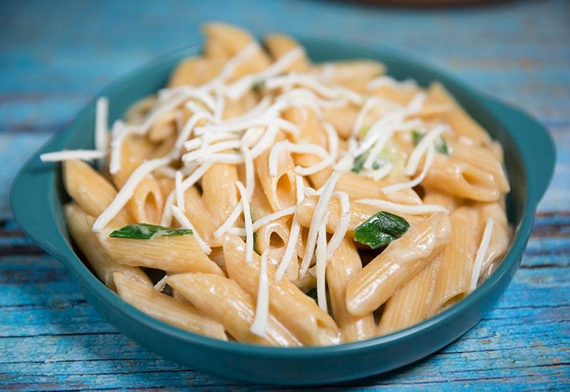 creamy garlic pasta