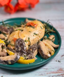 Chicken Breasts With Creamy Mushroom Sauce